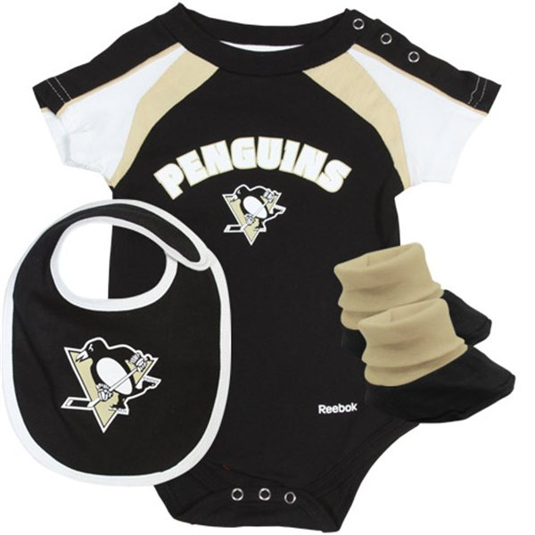 Reebok Penguins Newborn Set
